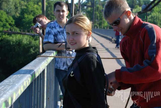 Подготовка к прыжку с веревкой в Житомире